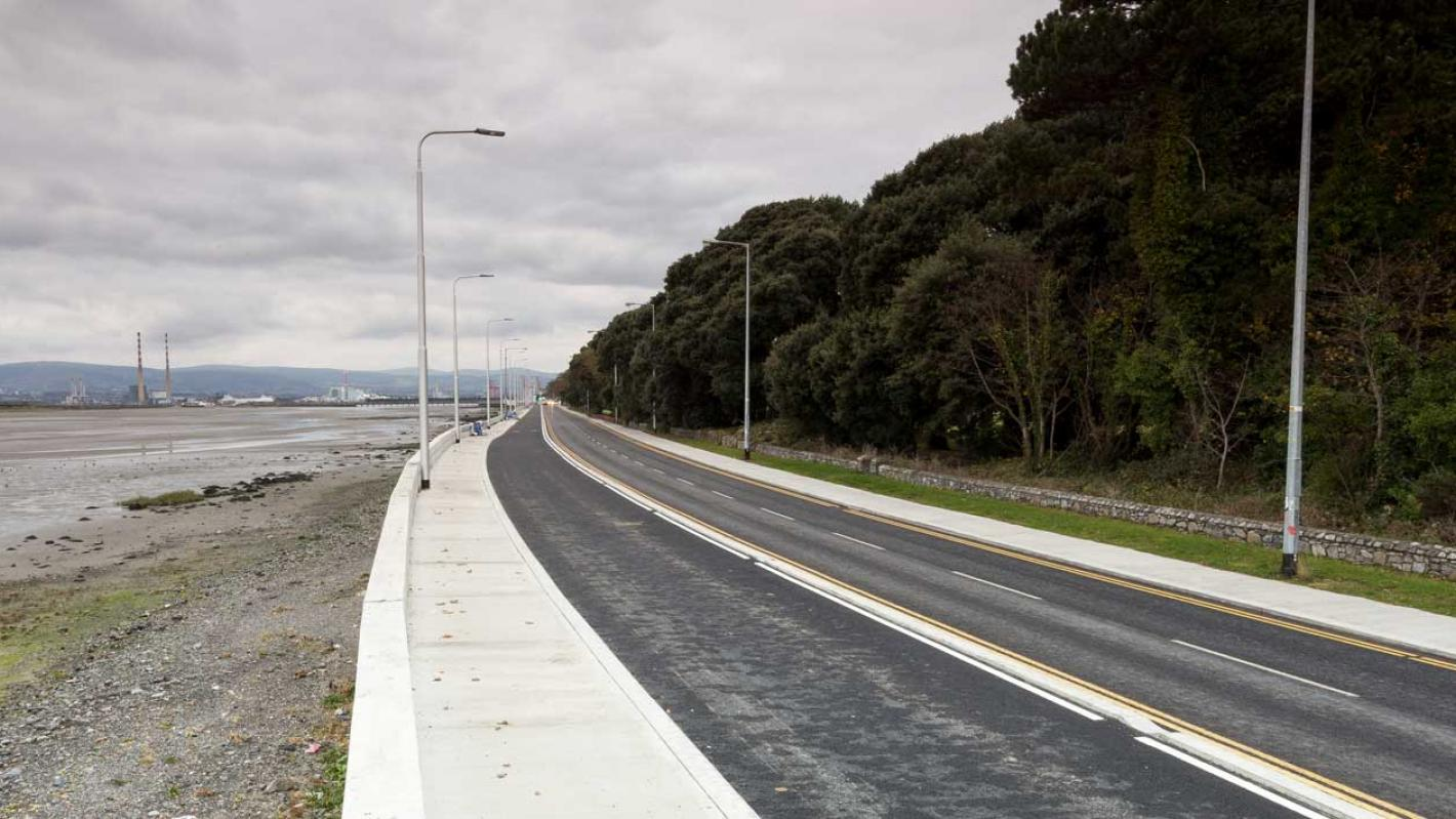 Dollymount promenade and flood protection banner image