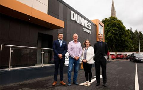 Dunnes Stores Team Photo News Tile